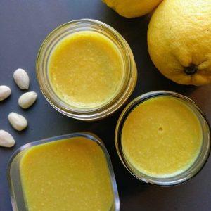 Crema de limón y almendras